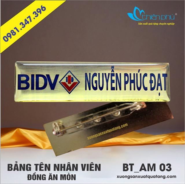 bảng tên nhân viên BIDV
